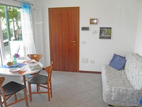 Bilder von Comer See Ferienwohnung Camilla_Vercana_31_Wohnraum