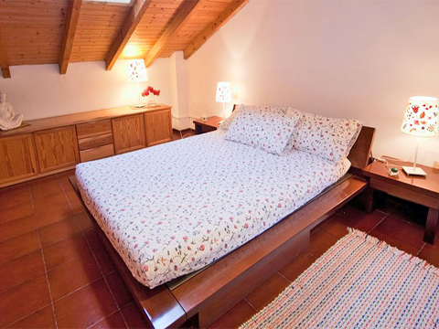 Bilder von Comer See Hotel Agriturismo B&B Cascina_Borgofrancone__40_Doppelbett-Schlafzimmer