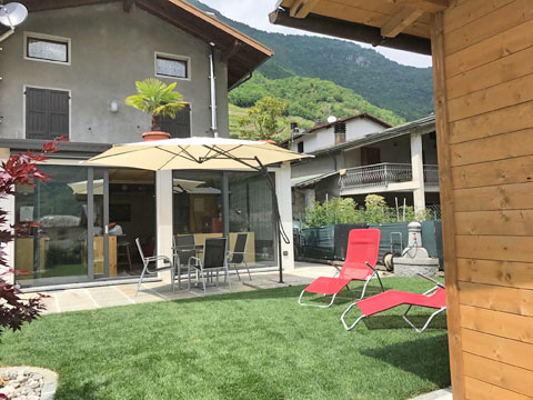 Bilder von Lago di Como Casa vacanza Cavilla_Villa_di_Tirano_10_Balkon