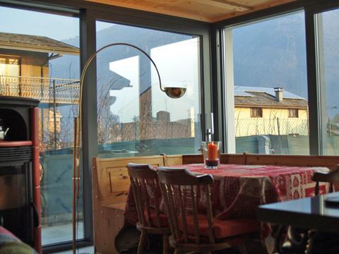 Bilder von Lago di Como Casa vacanza Cavilla_Villa_di_Tirano_31_Wohnraum