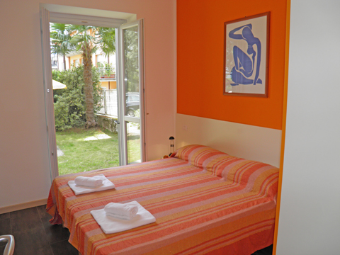 Bilder von Comer See Ferienwohnung Cedro_102__Domaso_40_Doppelbett-Schlafzimmer