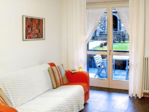 Bilder von Lake Como Apartment Cedro_104_Domaso_31_Wohnraum