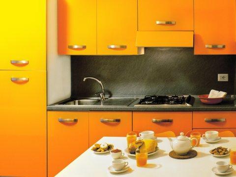 Bilder von Comomeer Appartement Cedro_104_Domaso_35_Kueche