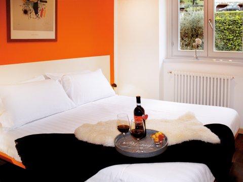 Bilder von Lake Como Apartment Cedro_309_Domaso_40_Doppelbett-Schlafzimmer