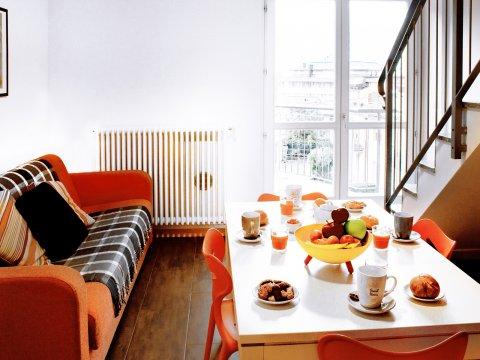 Bilder von Lake Como Apartment Cedro_310_Domaso_30_Wohnraum