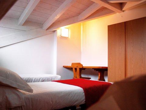 Bilder von Lake Como Apartment Cedro_310_Domaso_46_Schlafraum