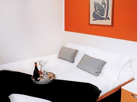Bilder von Comer See Ferienwohnung Cedro_312_Domaso_40_Doppelbett-Schlafzimmer