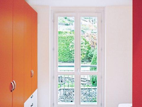 Bilder von Lago di Como Appartamento Cedro_312_Domaso_41_Doppelbett