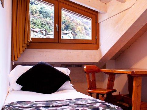 Bilder von Lago di Como Appartamento Cedro_312_Domaso_45_Schlafraum