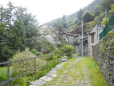 Bilder von Lake Maggiore Apartment Cesari_Primo_2483_Tronzano_20_Garten