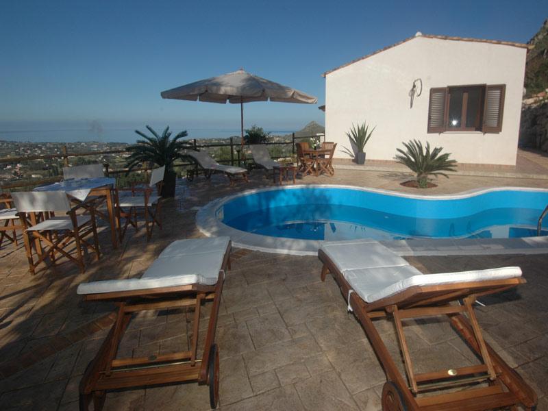 Bilder von Sizilien Nordküste Ferienhaus Clarissa_Castellammare_del_Golfo_15_Pool