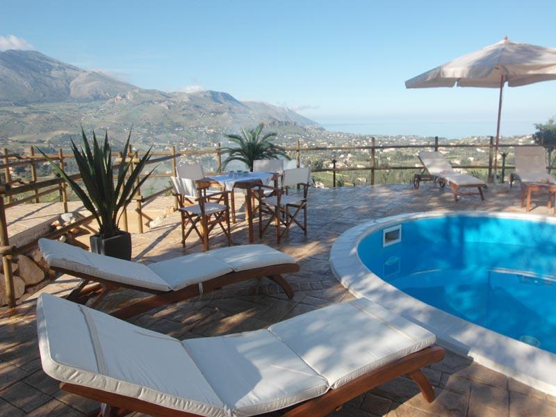 Bilder von Sizilien Nordküste Ferienhaus Clarissa_Castellammare_del_Golfo_16_Pool