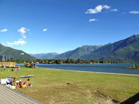 Bilder von Lago di Como Appartamento Colombo_Menaggio_Monolocale_pt_Sorico_65_Strand