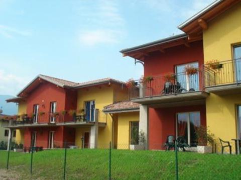 Bilder von Comer See Ferienwohnung Colombo_Sorico_Monolocale_p1_Sorico_20_Garten