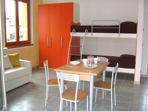 Bilder Appartement Colombo_Sorico_Monolocale_p1_Sorico_45_Schlafraum Comomeer / Lombardy
