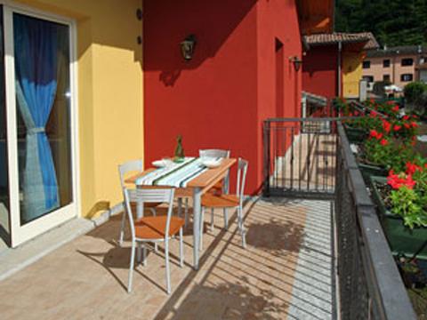 Bilder von Comer See Ferienwohnung Colombo_Varenna_Trilocale_p1_Sorico_20_Garten