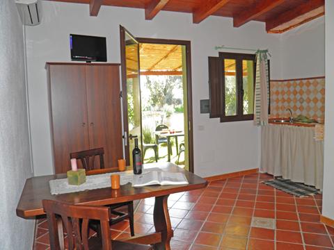 Bilder von Sardinien Südküste Ferienwohnung Corte_Vittoria_Mirto_Pula_30_Wohnraum