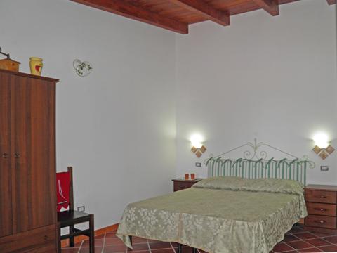 Bilder von Sardinien Südküste Ferienwohnung Corte_Vittoria_Ulivo_Pula_40_Doppelbett-Schlafzimmer