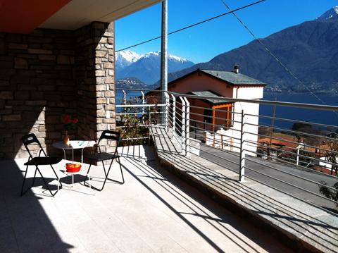 Bilder von Comer See Ferienwohnung Cristina_Pianello_del_Lario_10_Balkon
