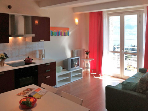 Bilder von Comer See Ferienwohnung Cristina_Pianello_del_Lario_30_Wohnraum