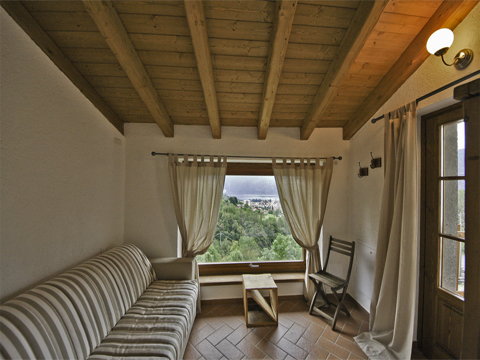 Bilder von Comer See Hotel Agriturismo Crotto_di_Somana_Mandello_del_Lario_40_Doppelbett-Schlafzimmer