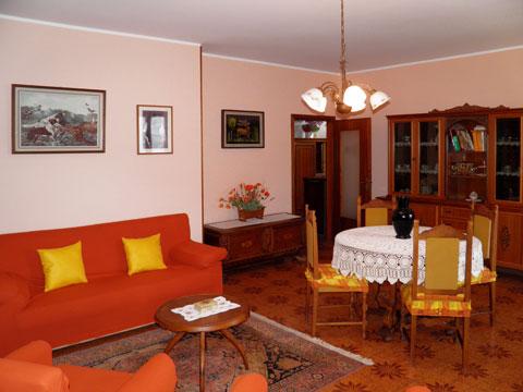 Bilder von Comer See Ferienwohnung Dalida_Secondo_Gravedona_31_Wohnraum