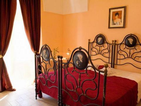 Bilder von Salento Apartment Francesca_Cisternino_40_Doppelbett-Schlafzimmer