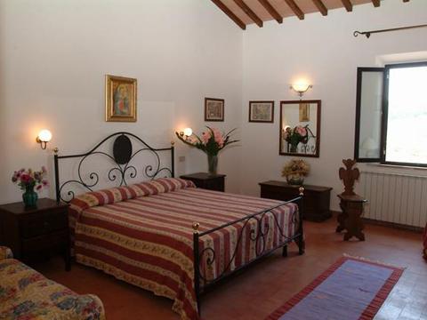 Bilder von Florenz Landhaus Frantoio_Montepulciano_40_Doppelbett-Schlafzimmer