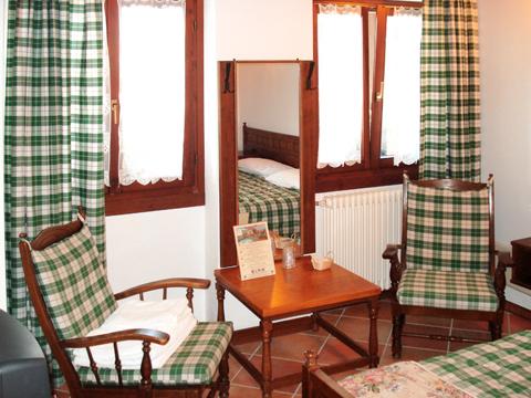 Bilder von Lake Como Agriturismo Hotel Giacomino_Typ_1_Sorico_41_Doppelbett