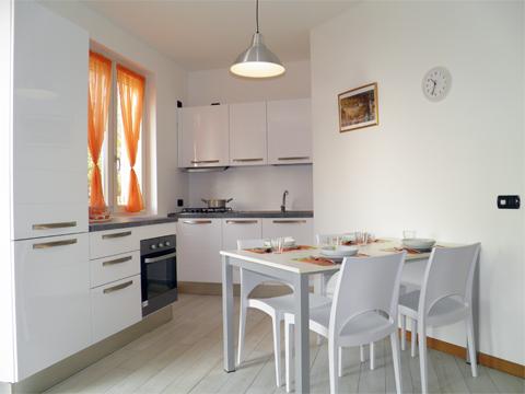 Bilder von Lake Como Apartment Giardino_Primo_Colico_35_Kueche