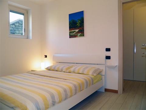 Bilder von Lake Como Apartment Giardino_Primo_Colico_40_Doppelbett-Schlafzimmer
