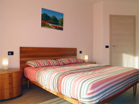 Bilder von Comer See Ferienwohnung Giardino_Secondo_Colico_41_Doppelbett