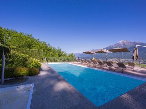 Bilder von Comer See Ferienwohnung Giardino_del_Sole_Vercana_16_Pool
