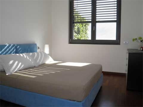 Giardino_del_Sole_Vercana_40_Doppelbett-Schlafzimmer