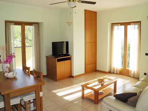 Bilder von Lago di Como Appartamento I_Runchet_Cigno_Sorico_30_Wohnraum