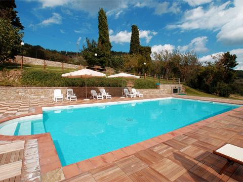 Bilder von Umbria Apartment Il_Borgo_di_Toppo_Castagno_Citta_di_Castello_15_Pool