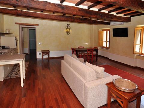 Bilder von Umbria Appartamento Il_Borgo_di_Toppo_Castagno_Citta_di_Castello_30_Wohnraum