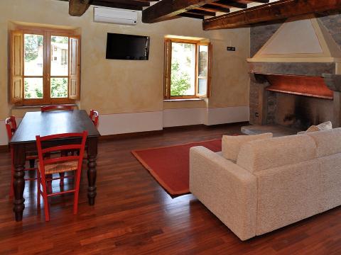 Bilder von Umbria Appartamento Il_Borgo_di_Toppo_Castagno_Citta_di_Castello_35_Kueche