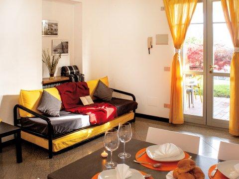 Bilder von Lago di Como Appartamento Il_Bosso_102_Domaso_30_Wohnraum