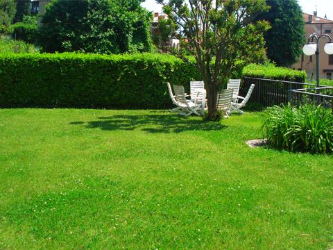 Bilder von Lago di Como Appartamento Il_Bosso_204_Domaso_20_Garten