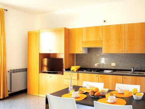 Bilder von Lago di Como Appartamento Il_Bosso_204_Domaso_35_Kueche