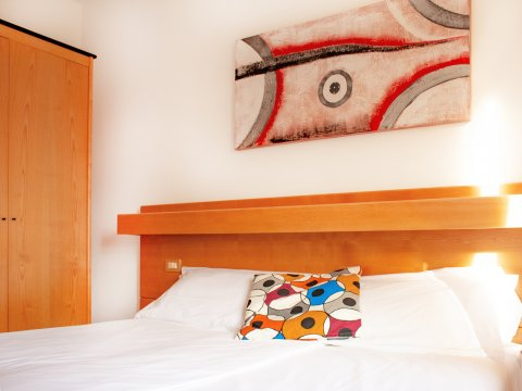Bilder von Lago di Como Appartamento Il_Bosso_204_Domaso_41_Doppelbett