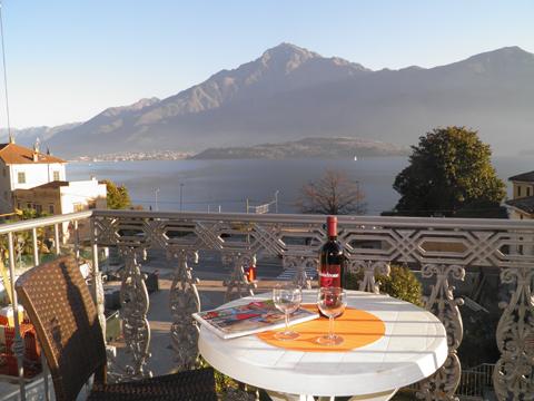 Bilder von Comer See Ferienwohnung Il_Bosso_305_Domaso_10_Balkon