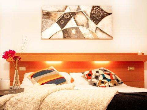 Bilder von Lake Como Apartment Il_Bosso_305_Domaso_41_Doppelbett