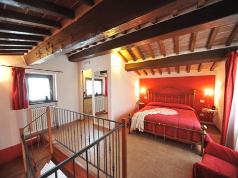 Bilder von Umbrien Ferienwohnung Il_Ciliegio_Citerna_40_Doppelbett-Schlafzimmer