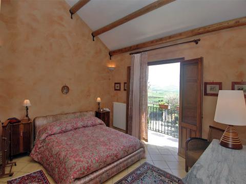 Bilder von Sicile Côte Nord Villa Il_Corte_48__40_Doppelbett-Schlafzimmer