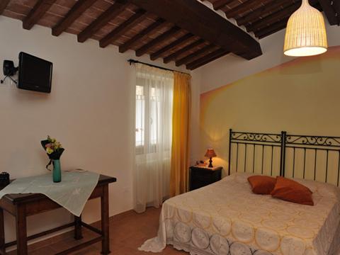 Bilder von Umbria Casa vacanza Il_Melo_Citerna_40_Doppelbett-Schlafzimmer