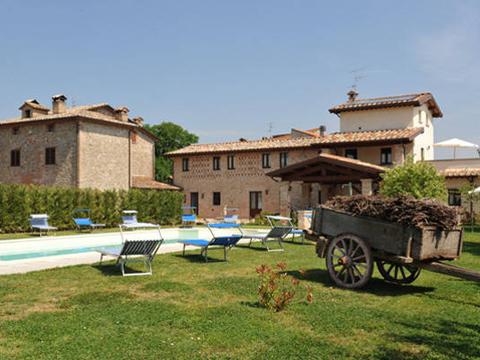 Bilder von Umbria Apartment Il_Melograno_Citerna_20_Garten