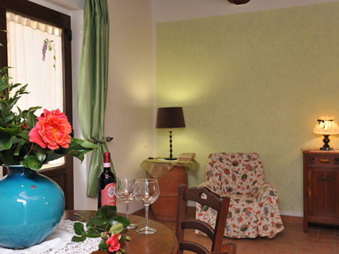 Bilder von Umbrië Appartement Il_Pero_Citerna_30_Wohnraum