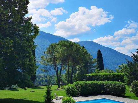Bilder von Comer See Ferienwohnung Isella_Carlazzo_16_Pool